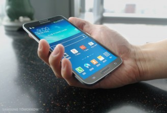 Much-touted Samsung Galaxy Round 5.7-inch curved smart phone hatches out of box