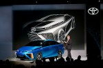 Toyota targets 2015 for first fuel-cell car