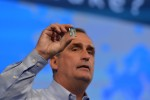 Intel to cut new directions in quest for new market segments